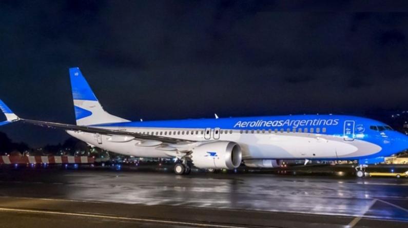 Aerolíneas Argentinas suspende los vuelos Boeing 737 MAX8