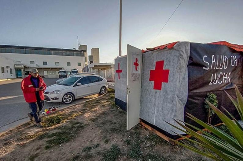 Chubut: Estatales de la Salud de Puerto Madryn montan carpa por reclamo salarial