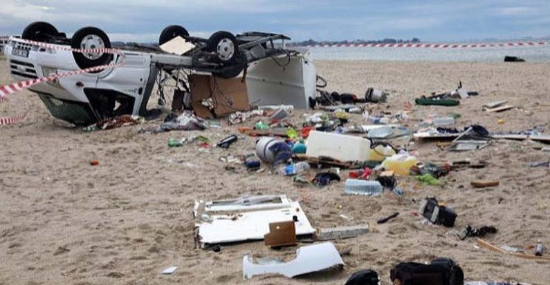 Grecia: Seis turistas muertos y decenas de heridos por una tormenta sin precedentes