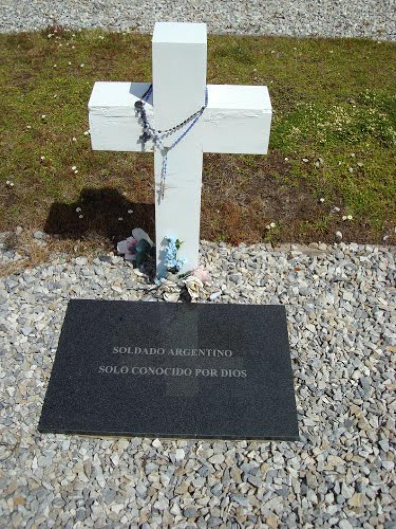 Las primeras ocho familias de caídos en Malvinas serán notificadas de las tareas de identificación