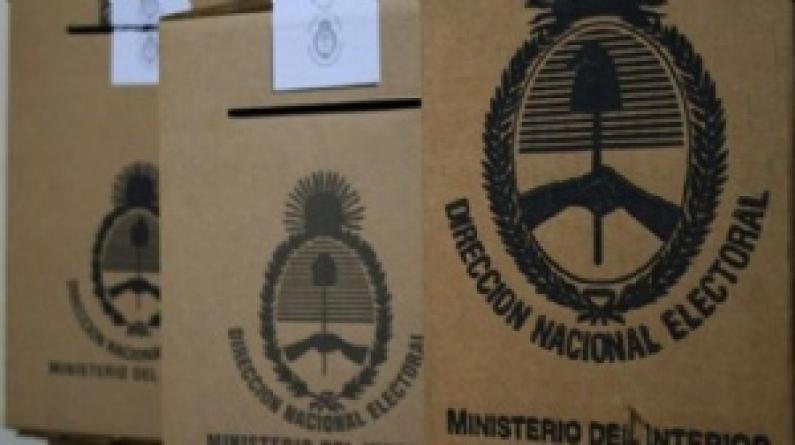 Padrón: La cámara nacional electoral firma convenio en Tierra del Fuego