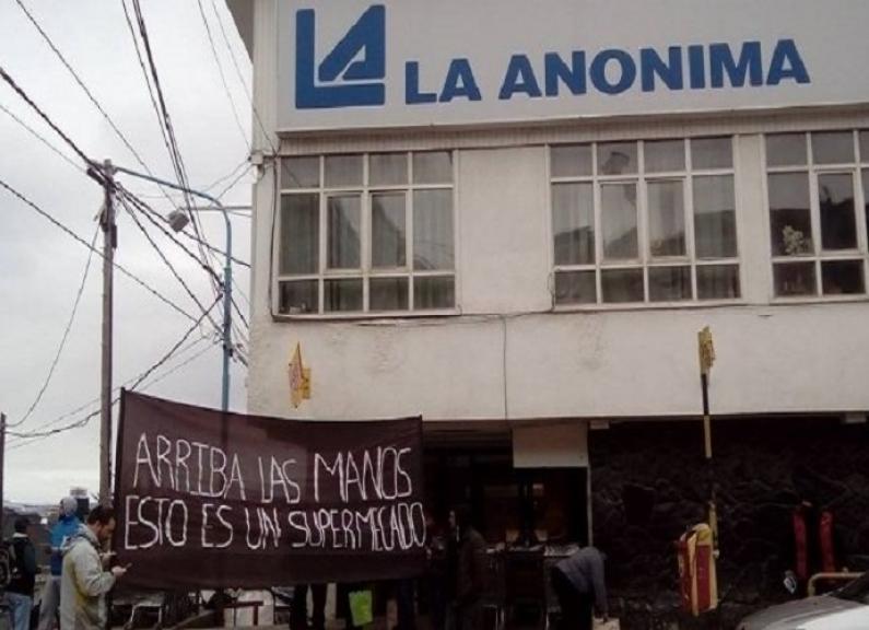 """Tierra del Fuego: Afirman que los """"despidos masivos"""" en supermercado de Ushuaia es un invento"""