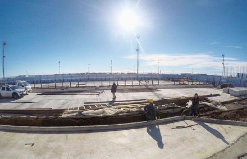 Tierra del Fuego: Avanza la remodelación de la plaza de las américas de Río Grande