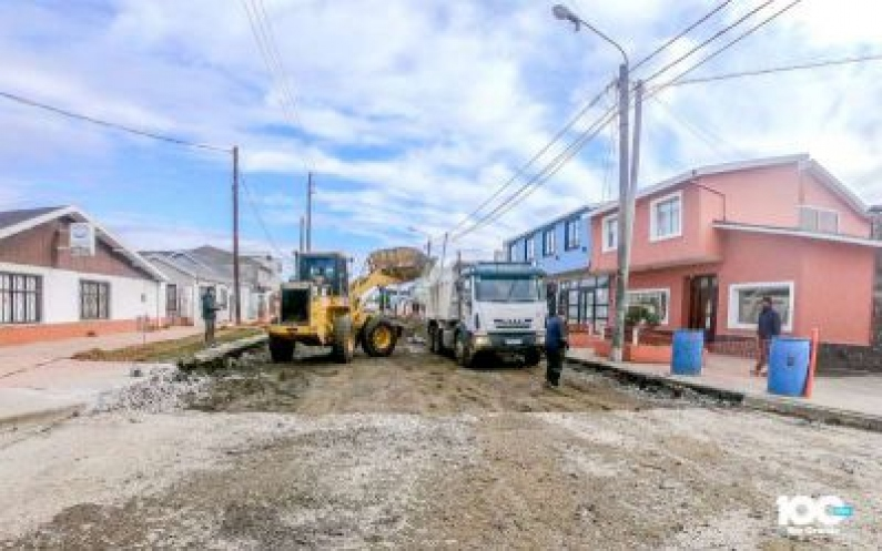 Tierra del Fuego: Con la reparación en calle Alberdi, comienza en Río Grande el plan de bacheo