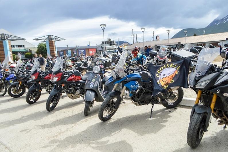 """Tierra del Fuego: Récord de motociclistas en el """"Moto encuentro 2019"""" de Ushuaia"""