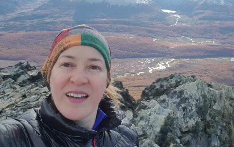 """Tierra del Fuego: La víctima de avalancha en """"Cuevas del Alvear"""" es Claudia Betina Gaitán enfermera de una clínica privada de Ushuaia"""
