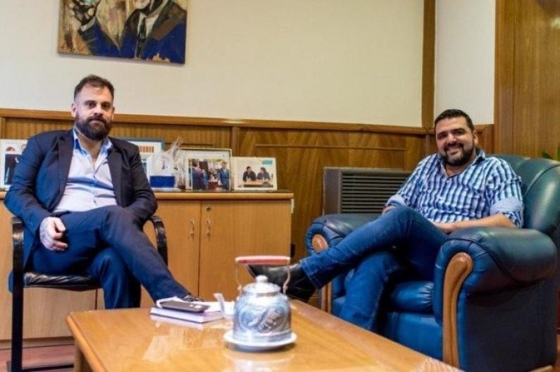 Tierra del Fuego: El director de radio nacional Ushuaia, cercano al intendente fue detenido por conducir sin licencia y alcoholizado