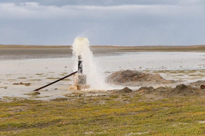 """Tierra del Fuego: """"Se están realizando trabajos de prueba y calibrado en la laguna seca"""" dijo ministra de obras públicas"""