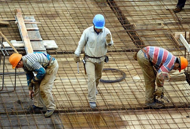 Tierra del Fuego: Gobierno pagara cuatro mil pesos por tres meses a desocupados de la construcción