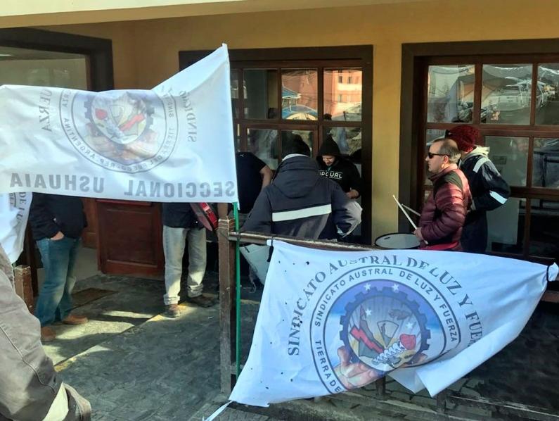 Tierra del Fuego: Los trabajadores de la DPE comenzaron con trabajo a reglamento por un reclamo salarial