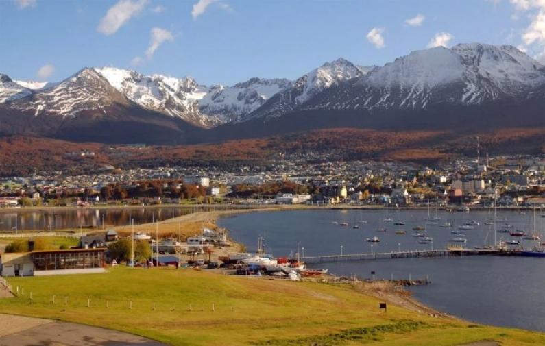 Tierra del Fuego: En Ushuaia a un hombre le usurparon la vivienda y las autoridades lo metieron preso por violar la cuarentena