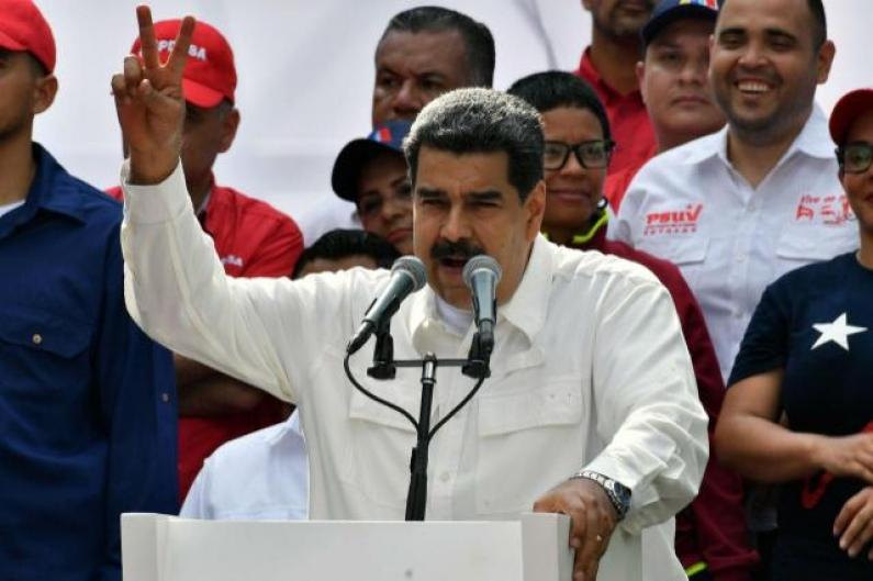 """Venezuela: Nicolás Maduro calificó de """"pichón de fascista"""" e """"imitador de Hitler"""" a Jair Bolsonaro"""