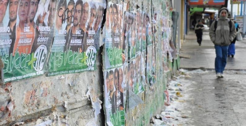 """Tierra del Fuego: Desde el municipio de Río Grande, multaron a un partido político por no respetar la """"Campaña limpia"""""""