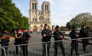 """Francia: La policía anuncia la causa más probable del incendio en la catedral de """"Notre Dame"""""""