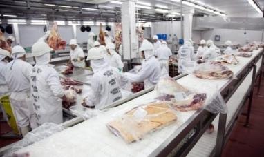 Argentina cada vez más cerca de exportar carne a Colombia