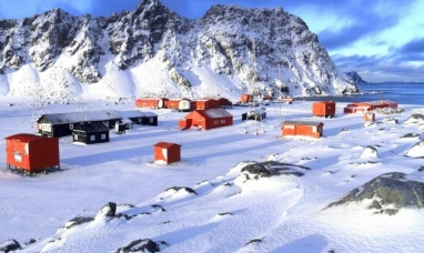 Argentina y el Reino Unido acordaron desarrollar proyectos científicos en la Antártida