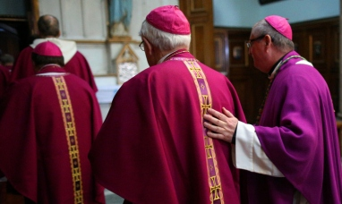 EE.UU.: La arquidiócesis de Nueva York publica una lista con más de 100 clérigos acusados de abuso sexual