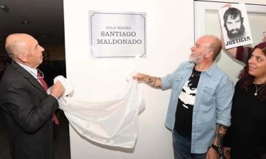 """El aula magna de la universidad nacional de Tierra del Fuego llevará el nombre de """"Santiago Maldonado"""""""