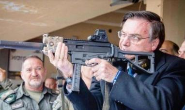 """Brasil: Jair Bolsonaro llamó a la población a comprar fusiles """"para no ser esclavizados"""""""