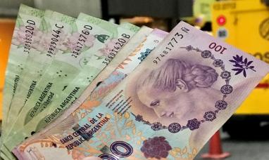Buenos Aires: El gobierno nacional propone aumentar el salario mínimo 35 % en tres cuotas