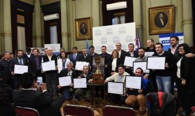Buenos Aires: El gran premio de la hermandad 2018 se presentó en el senado
