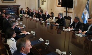 Buenos Aires: Mauricio Macri avanzó con los gobernadores en la negociación para lograr el presupuesto 2019