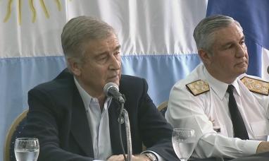 Buenos Aires: El ministro de defensa aseguró que aún no están los medios para extraer al ARA San Juan
