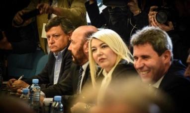 Buenos Aires: La primera mandataria fueguina, participó de la reunión del presidente con gobernadores para tratar la sanción del presupuesto del próximo año.