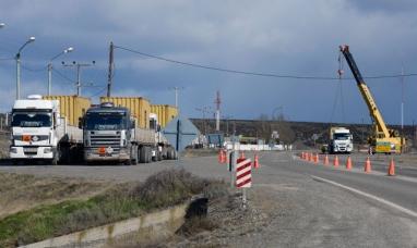 Camión del diputado Álvarez, fue detenido por transportar cianuro sin habilitación al día