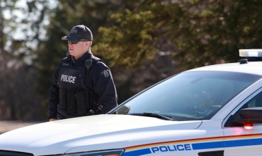 Canadá: Un hombre armado de 51 años mata a una decena de personas