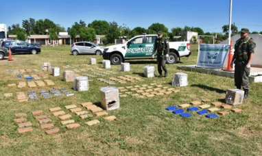 Chaco: Desbaratan una banda que vendía drogas en cuatro provincias y secuestran casi 200 kilos de marihuana
