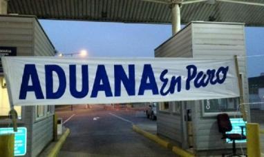 Chile: Aduaneros mantienen un paro en todo el país
