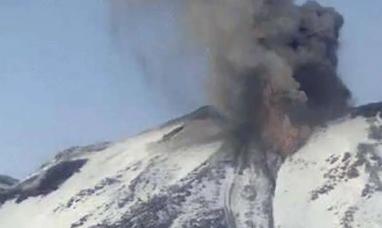 Chile: Alerta naranja por la explosión del volcán Chillán