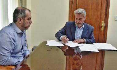 Chubut: El gobernador suspendió medidas judiciales que ordenen el pago de sueldos adeudados
