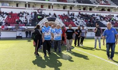 Ex combatientes presentaron la ley Malvinas en la cancha de Chacarita