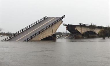"""Corrientes: Cayó el puente """"santa rosa"""" y vuelven a cortar el tránsito en ruta nacional N° 12"""