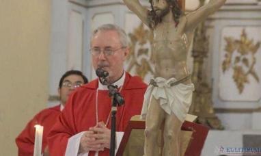 """Corrientes: Monseñor Andrés Stanovnik aseguró que a la iglesia le """"molesta el subsidio"""" del estado"""