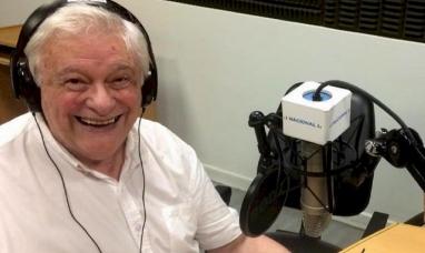 Después de 60 años de carrera ininterrumpida, Héctor Larrea anunció su despedida de la radio