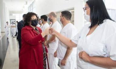 """""""Estamos evaluando un refuerzo para todas las vacunas"""" dijo ministra de salud de nación"""