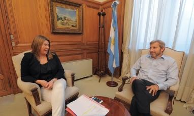 La gobernadora de Tierra del Fuego gestionó con el ministro del interior recursos del fideicomiso austral
