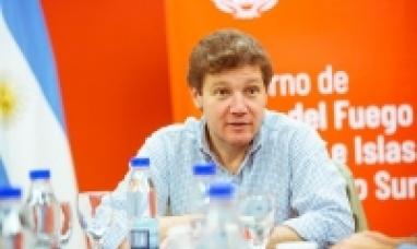 """""""Río Grande es esa ciudad de los sueños, del esfuerzo y de gente solidaria"""" dijo el gobernador"""