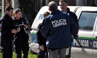 """Hallan muerta a la mujer de """"Momo"""" Venegas, investigan suicidio"""