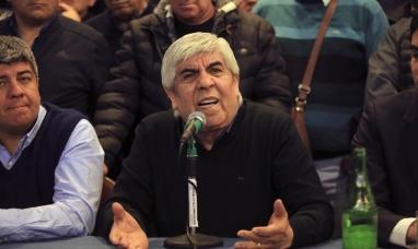Hugo Moyano denunció a Mauricio Macri por presunto espionaje