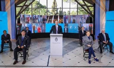 En el día de la Independencia, el presidente destacó unidad con gobernadores para enfrentar la pandemia