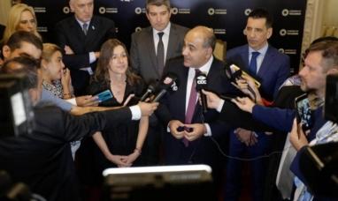 La insólita frase del gobernador de Tucumán a la ministra de seguridad de la nación.