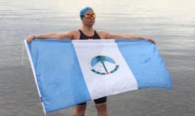 Joven neuquina unió a nado las islas Malvinas