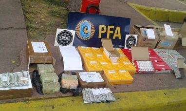 Mendoza: Fuerzas federales secuestraron encomiendas con grandes sumas en efectivo