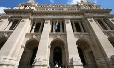Misiones: La corte pide a la provincia que defina si demanda o negocia con nación por la coparticipación