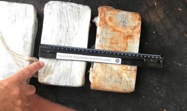 Misiones: La PSA detuvo un auto con más de 21 kilos de pasta base