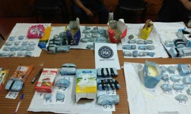 Misiones: La PSA detuvo a tres personas por una encomienda con más de 4,5 kilos de marihuana